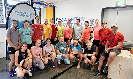 Das rot-weiß-rote Para-Ski-Nationalteam um Chefcoach Markus Gutenbrunner schwitzt im Olympiazentrum in Klagenfurt