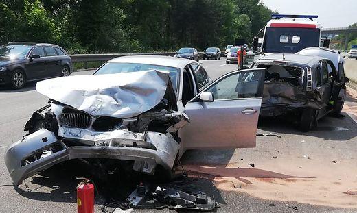 Drei Verletzte bei Unfall auf der Südautobahn