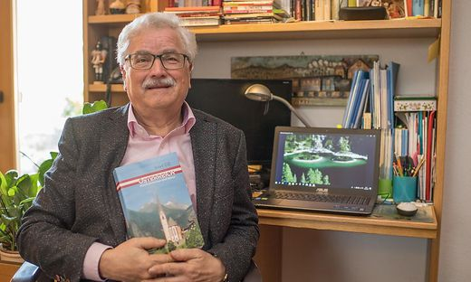 Josef Till, Österreich-Kenner und zigfacher Buchautor