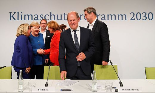 GERMANY-POLITICS-CLIMATE-MEETING