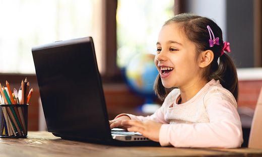 Spielerisch und interaktiv ein Vifzack werden: Dazu verhilft die FH Kärnten bei der zweiten Kinder- und Jugenduni
