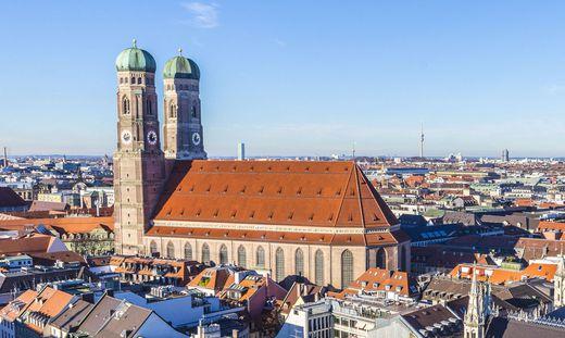 Schon seit vielen Monaten liegt der Akt im Erzbistum München und Freising