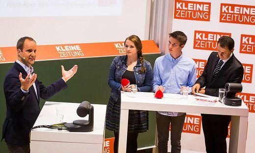 Strolz stellte sich an der Universität Klagenfurt den Fragen
