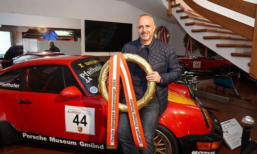 Christoph Pfeifhofer ist nicht nur Chef des Porschemuseums, sondern war 2014 auch Staatsmeister im Porsche-Cup