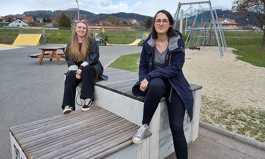 Jugendreferentin Lucija Jurišić (rechts) lädt zum Kinder- und Jugendsprechtag am Funpark