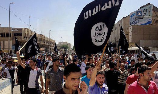 """Die Extremisten der jihadistischen Organisation """"Islamischer Staat"""" haben in Mosul innerhalb eines Jahres  944 Menschen hingerichtet"""