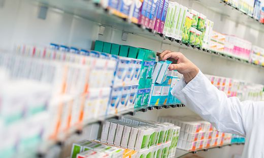 Viele Medikamente buhlen um Aufmerksamkeit – und vermitteln dabei oft wichtige Informationen