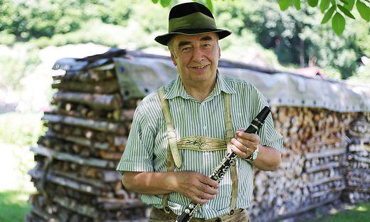 Rudolf Gstättner mit seiner geliebten Klarinette