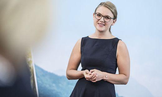 Uebergabe Gusenbauer Stipendium Landesregierung Klagenfurt Juli 2018