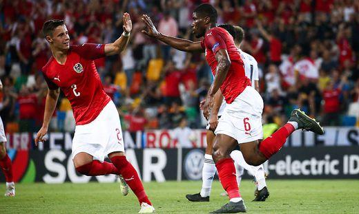 Kevin Danso (rechts) erzielte das Ausgleichstor für Österreich