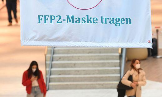 Ab Mittwoch kommt wieder die FFP2-Maske zurück.