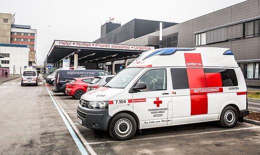 Der 60-Jährige wurde mit schweren Verletzungen ins Krankenhaus gebracht