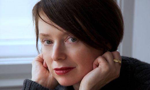 Die Autorin Lydia Mischkulnig