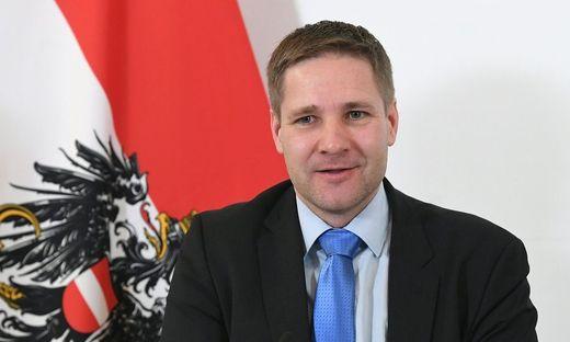 Gottfried Haber bricht Lanze für das Sparbuch
