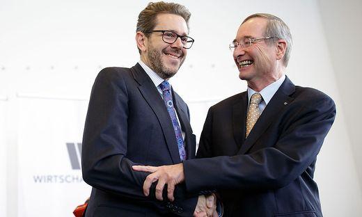 Christoph Leitl (69) übergibt das Zepter in der Wirtschaftskammer (WKÖ) heute an Ex-Wirtschaftsminister Harald Mahrer