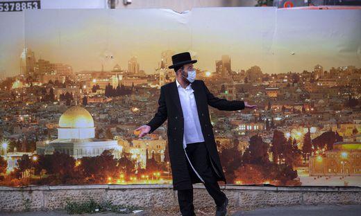 In Israel, das im Frühjahr noch Vorbild für das Coronamanagement war, stieg die Zahl der Infizierten auf ein Rekordhoch