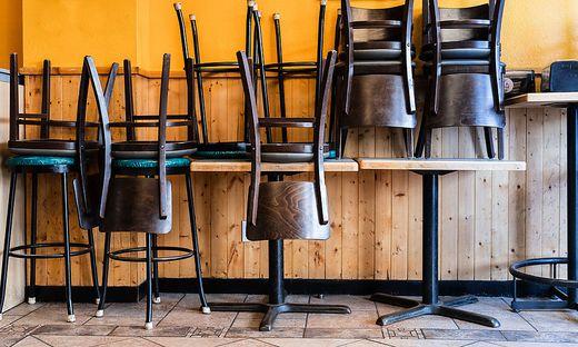 Leere Hotels und Restaurants durch Corona
