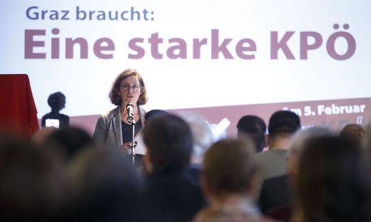 Elke Kahr 2016 bei der Mitgliederversammlung
