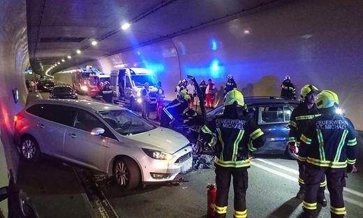 Der erste Unfall passierte kurz nach 10 Uhr im Gleinalmtunnel