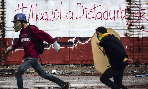 Proteste gegen Präsident Maduro