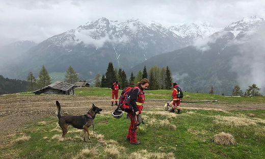 Auch die Österreichische Rettungshundebrigade ist im Lesachtal im Sucheinsatz