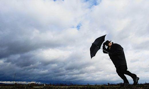 Am Dienstag wird es wechselhaft und es kann regional zu Regenschauern kommen
