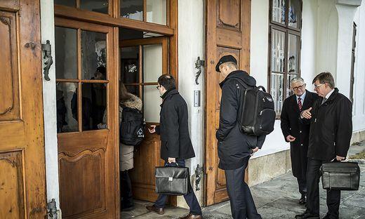 In der Vorwoche kam die Visitationsgruppe zum Erstgespräch mit dem Domkapitel ins Bischöfliche Palais in Klagenfurt