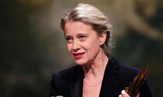 Caroline Peters bei der Nestroy-Verleihung 2018.