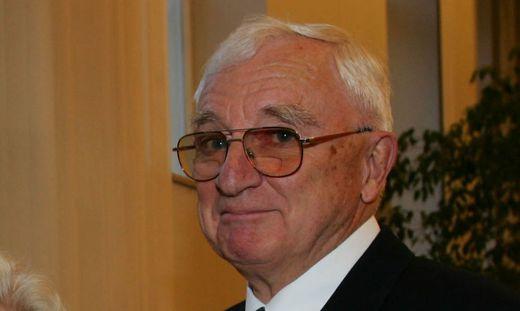 Altbischof Dieter Knall