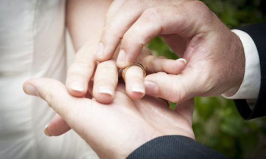 Heiraten ist auch kirchlich wieder möglich