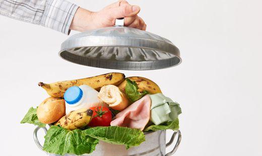 Jeden Tag landen Lebensmittel auf dem Müll
