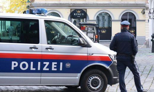ANSCHLAG IN WIEN: POLIZEI IM BEREICH DES TATORTS