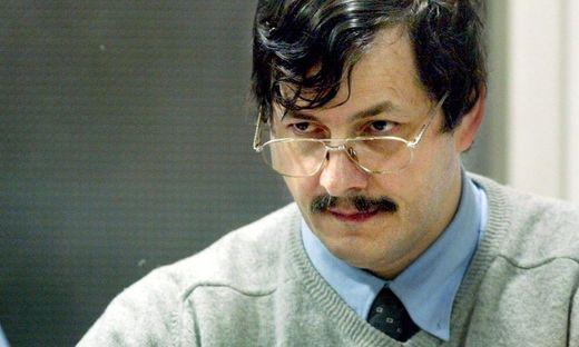 Neuer Anwalt will Kinderschänder Dutroux bis 2021 aus Gefängnis boxen