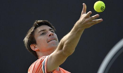 Jurij Rodionov (AUT) Aktion Auschlag 10.06.2021 Tennis MercedesCup Stuttgart 2021 Wei�enhof ATP, Tennis Herren 07.-13.0