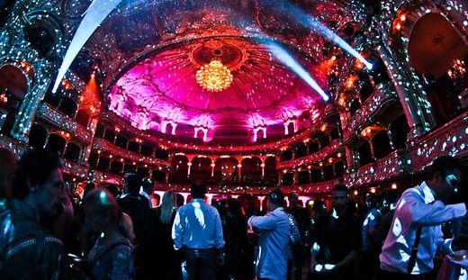 So präsentiert sich die Oper in Graz sonst eher selten