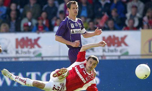 Von Kroatien durch die Bundesliga und zurück - die erolgreiche Karriere des Mario Bazina (im roten Trikot)