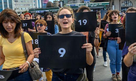 Demonstration gegen Gewalt an Frauen in Istanbul