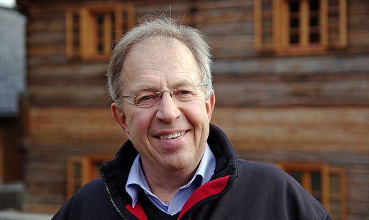 Franz Kroißenbrunner hat seine 1983 eröffnete Praxis an seinen Sohn Norbert übergeben