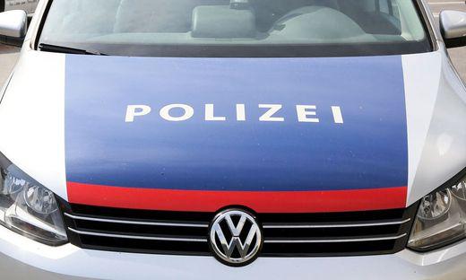 Gegen diesen Mann besteht bereits ein aufrechtes Waffenverbot. Er wird der Staatsanwaltschaft Klagenfurt angezeigt.