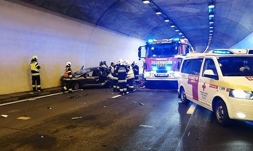 Bei dem furchtbaren Unfall kamen drei Menschen ums Leben