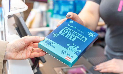Die Testkits bekommt man in Wien gratis in BIPA-Filialen.