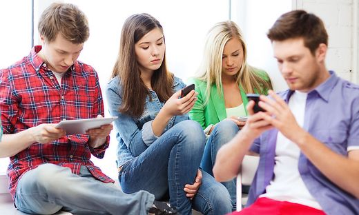 Raus aus Facebook, rein bei Instagram: Bild-Medien triumphieren bei der Jugend Jungen
