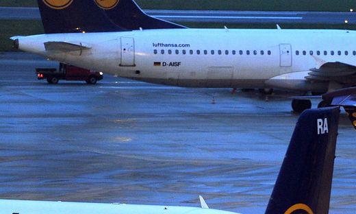 Mann ohne Bordkarte im Flieger löst Sperrung am Flughafen Hamburg aus