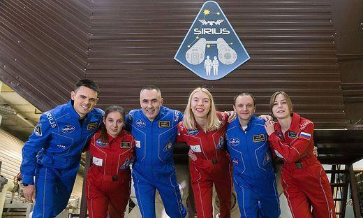Zum Mond, ohne abzuheben: die Crew von Sirius-19