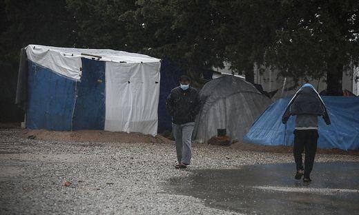 Das Flüchtlingslager in Malakasa steht unter Quarantäne