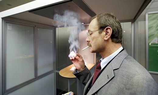 Rauchen am Arbeitsplatz wird verboten