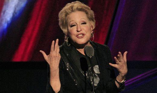 Bette Midler wird 75