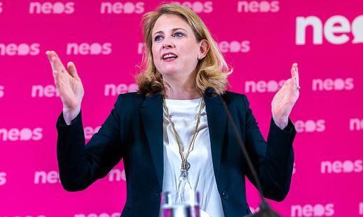 PK NEOS 'POLITISCHE KONSEQUENZEN NACH BEKANNTWERDEN DER KURZ-SCHMID-BLUeMEL-CHATS': MEINL-REISINGER