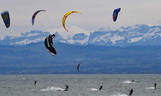 Kitesurfer auf den Bodensee