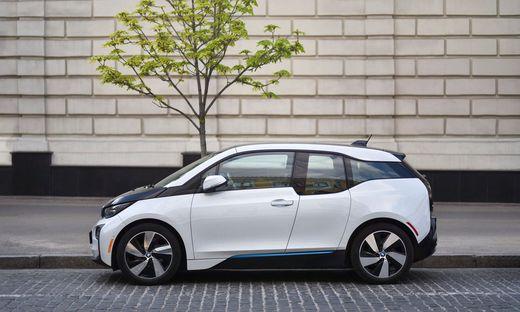 BMW will ab 2030 die Hälfte der Autos mit reinem E-Antrieb verkaufen